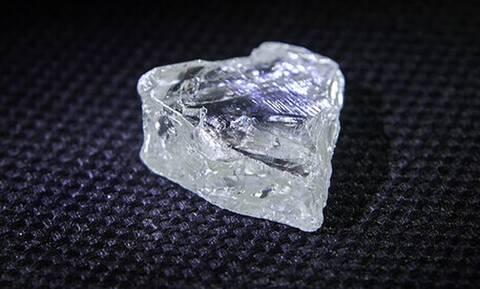 Θα εκπλαγείς: Δες τι μέγεθος έχει το πιο μεγάλο διαμάντι του κόσμου!