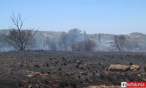 Φωτιά στην Κεφαλονιά: Έτοιμοι για εκκένωση οι κάτοικοι στα Δοριζάτα