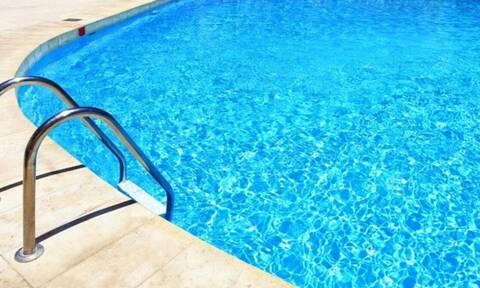 Χαλκιδική: 3χρονη έπεσε σε πισίνα και έχασε τις αισθήσεις της