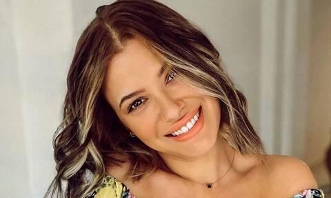 Λάουρα Νάργες: Πήγε διακοπές και εμφανίστηκε χωρίς ίχνος μακιγιάζ