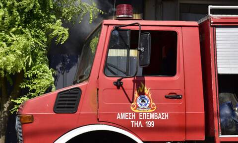 Ηλεία: Ανετράπη πυροσβεστικό όχημα - Τραυματίστηκαν 2 πυροσβέστες