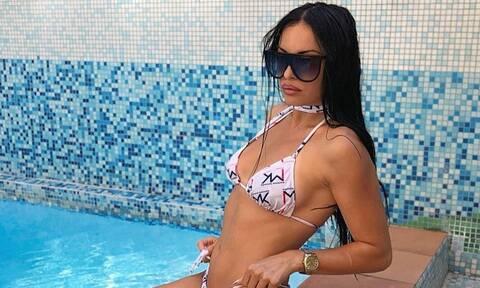 Δήμητρα Αλεξανδράκη: «Γκρέμισε» το Instagram με την ολόγυμνη φωτογραφία της
