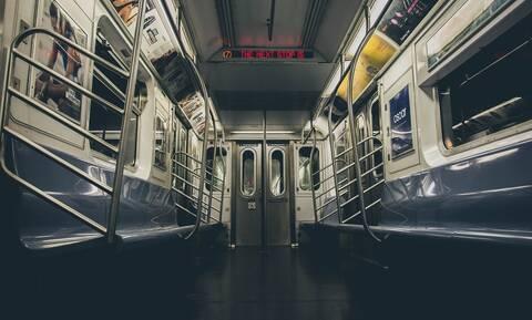 Άγριο ξύλο στο Μετρό (pics)