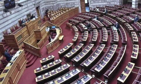 Βουλή: Ψηφίστηκε κατά πλειοψηφία το νομοσχέδιο για την ιδιωτική εκπαίδευση