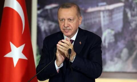 Τουρκία: Ο Ερντογάν ελέγχει τα social media και με το νόμο πλέον