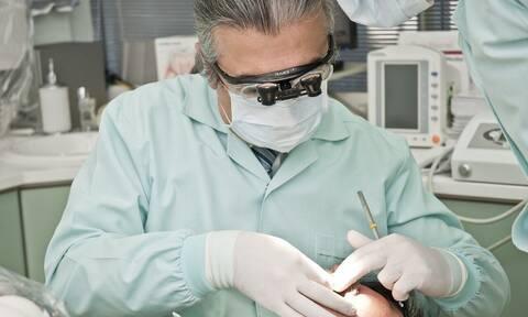 Κορονοϊός: Προστασία ζητούν οι οδοντίατροι που ανήκουν στις ευπαθείς ομάδες