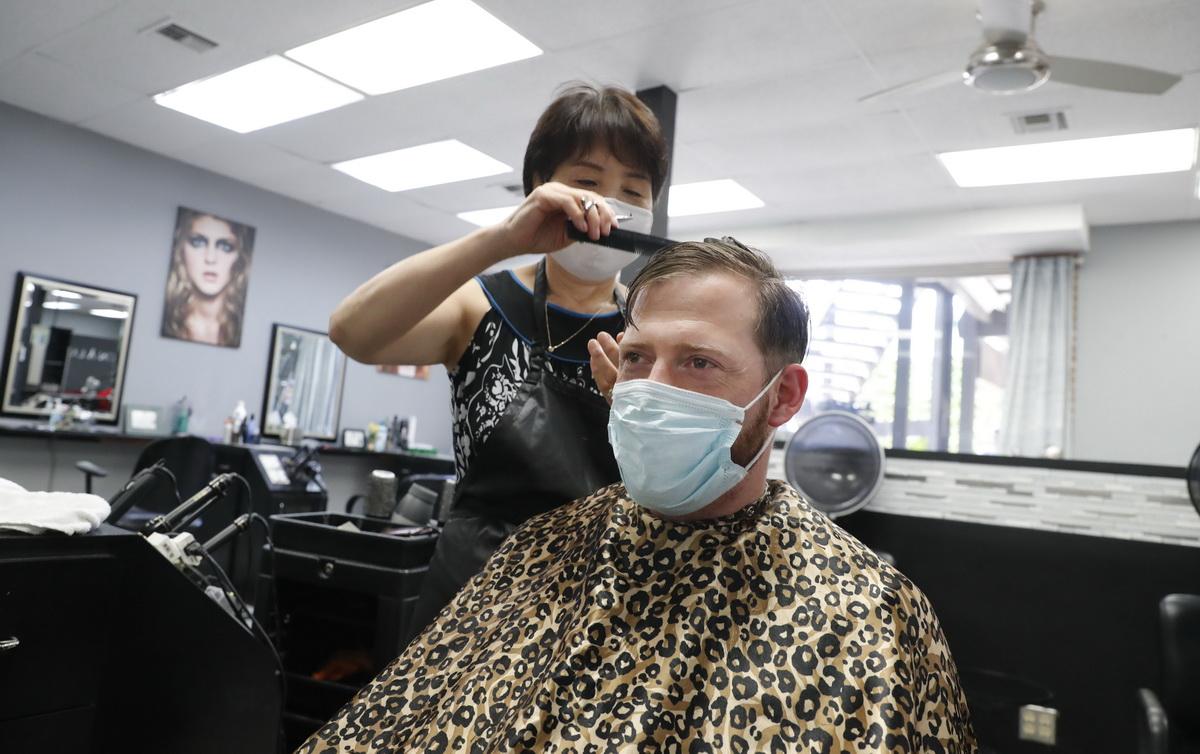 Κορονοϊός στην Ελλάδα: Σε ποιες επιχειρήσεις είναι υποχρεωτική η χρήση μάσκας 3