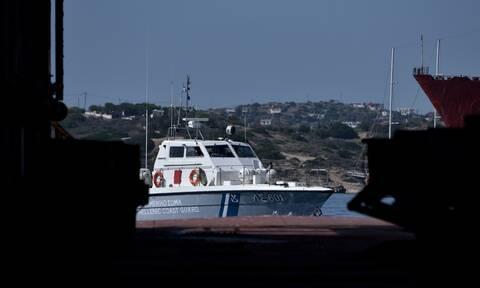 Συναγερμός στην Κόρινθο: Στις φλόγες δύο ταχύπλοα σκάφη