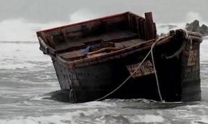 Θρίλερ: Γέμισε η παραλία βάρκες με πτώματα - Τι λένε οι Αρχές