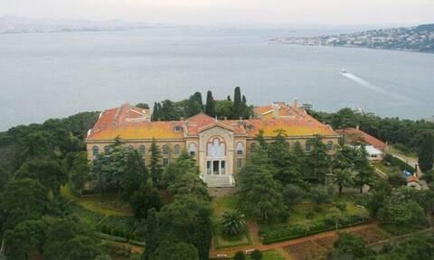 Τη Θεολογική Σχολή της Χάλκης επισκέφθηκε ο πρέσβης των ΗΠΑ στην Άγκυρα