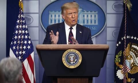 Εκλογές ΗΠΑ: Ο Τραμπ διαβεβαιώνει πως δεν θέλει αναβολή - Ανησυχεί για τον κίνδυνο «νοθείας»