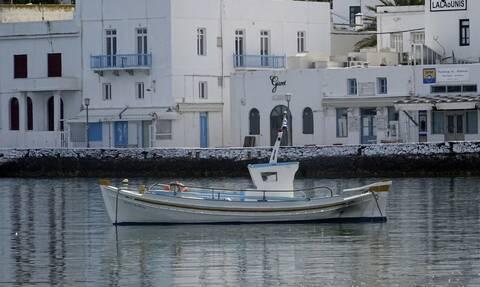 Τουρισμός: Οι μισοί Έλληνες δεν μπορούν να κάνουν ούτε μία εβδομάδα διακοπές