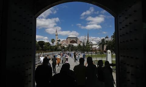 Νέα πρόκληση στην Αγία Σοφία: Προσευχή για το μπαϊράμι μετά από 86 χρόνια