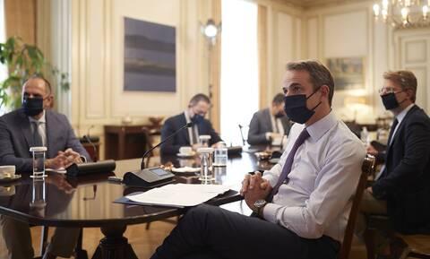 Μητσοτάκης στο υπουργικό: Αυτοί θα διαχειριστούν τα κονδύλια του Ταμείου Ανάκαμψης
