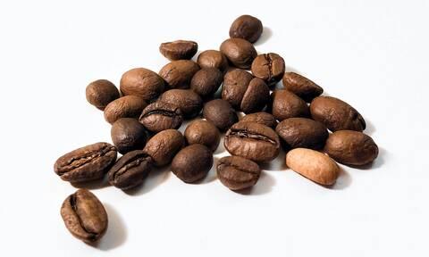 Πώς πρέπει να αποθηκεύεις τον καφέ για να μη χαλάει
