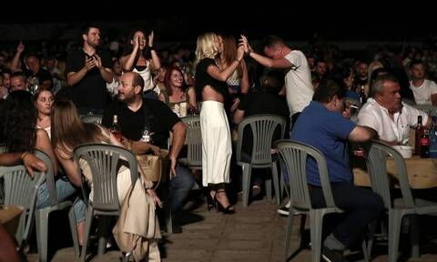 Κορονοϊός: Τέλος στα πανηγύρια – Οι ανακοινώσεις Χαρδαλία