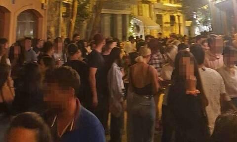 Κορονοϊος: Τα νέα μέτρα για μπαρ και νυχτερινά κέντρα