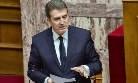 Χρυσοχοΐδης: Τέλος οι μεταγωγές τρομοκρατών σε Αγροτικές Φυλακές