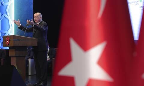 Spiegel - Ρετζέπ Ταγίπ Ερντογάν: «Ο αλαζονικός ηγέτης»