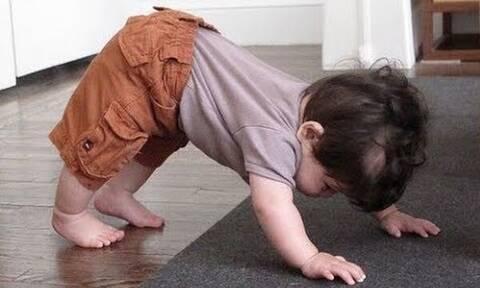 Μωράκια κάνουν ...yoga και είναι απολαυστικά