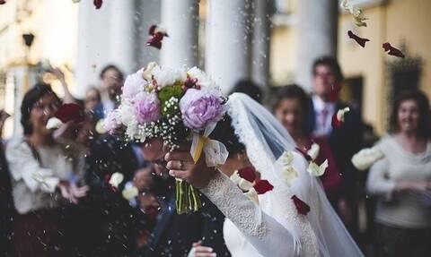 Γάμος στη Θεσσαλονίκη: Αυξάνεται η λίστα - Στους 21 οι θετικοί στον ιό από το γλέντι του γάμου