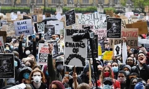 Βερολίνο: Χιλιάδες διαδηλωτές κατά των μέτρων του κορονοϊού