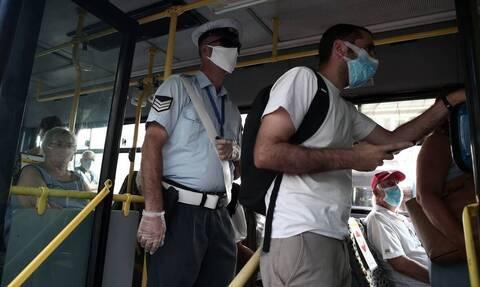 Κορονοϊός: «Σαφάρι» ελέγχων σε ΜΜΜ και καταστήματα όπου παρατηρούνται φαινόμενα μη συμμόρφωσης