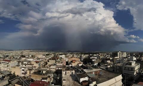 Καιρός: Απίστευτο φαινόμενο το Σάββατο στην Ελλάδα - 4.700 κεραυνοί με 41 βαθμούς Κελσίου