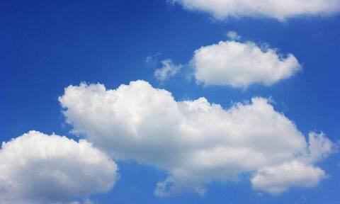 Βόλος: Όλοι κοιτούσαν στον ουρανό – Υπέροχο θέαμα (pics)