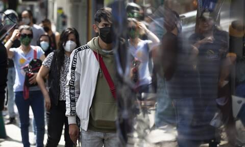 Κορονοϊός: Υποψίες μετάλλαξης! Ένα άτομο μπορεί να κολλήσει ακόμα και έξι άλλους