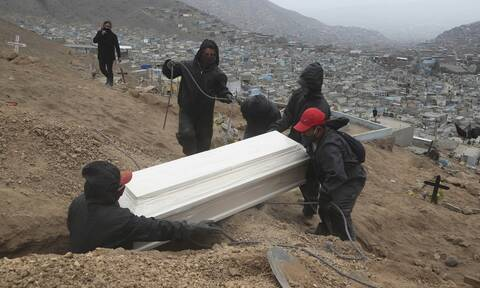 Κορονοϊός: Ξεφεύγει η πανδημία στη Λατινική Αμερική - Πάνω από 200.000 οι νεκροί