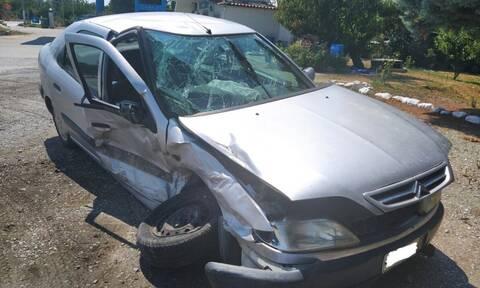 Τροχαίο ατύχημα έξω από την Αγιά - Δύο γυναίκες και ένα παιδί στο νοσοκομείο