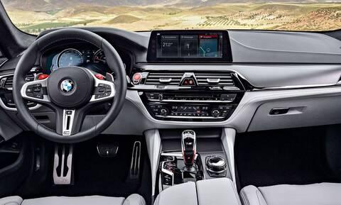 Η BMW θα δίνει τον επιπλέον εξοπλισμό μέσω αναβάθμισης του software