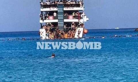 Ρεπορτάζ Newsbomb.gr – Κορονοϊός: Απίστευτος συνωστισμός σε καραβάκι στο Πόρτο Κατσίκι