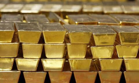 ΗΠΑ: Η τιμή του χρυσού ξεπέρασε για πρώτη φορά τα 2.000 δολάρια ανά ουγγιά
