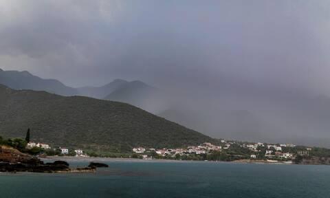 Έκτακτο δελτίο ΕΜΥ: Καταιγίδες και χαλαζοπτώσεις σε αρκετές περιοχές της χώρας