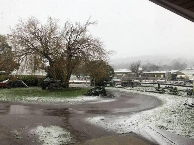 Ο καιρός τρελάθηκε: Σε αυτή τη χώρα είχε να χιονίσει από το 1970 – Δείτε τι συνέβη (pics) - Newsbomb - Ειδησεις