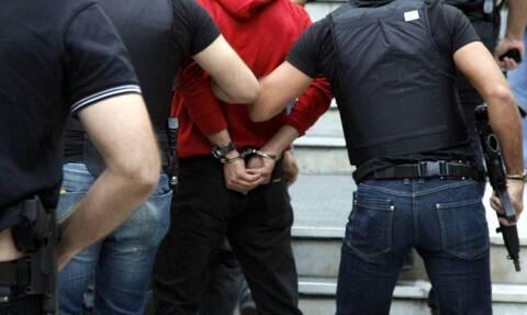 Συνελήφθη ο αλλοδαπός που είχε αποδράσει από τα δικαστήρια της Ευελπίδων