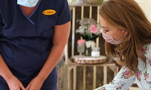 Kate Middleton: Φοράει μάσκα στις δημόσιες εμφανίσεις της