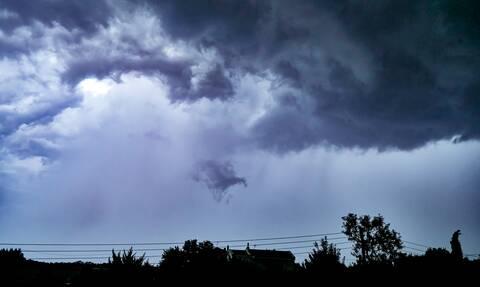 Κακοκαιρία «Θάλεια»: Αυτές οι περιοχές «βούλιαξαν» από τις καταρρακτώδεις βροχές
