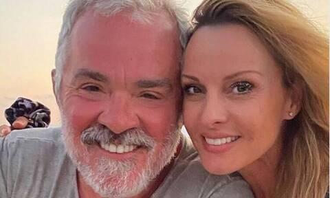 Ζήνα – Λύρας: Κάνουν διακοπές με σκάφος! Η σπάνια φωτό με την κόρη τους!