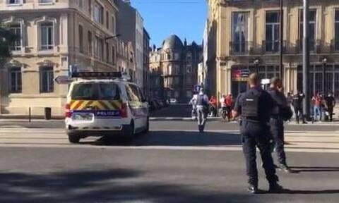 Γαλλία: Ο ένοπλος άφησε ελεύθερους τους πέντε από τους έξι ομήρους