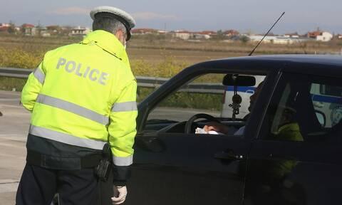 Κορονοϊός: 23χρονος έσπασε την καραντίνα - Συνελήφθη την ώρα που οδηγούσε ταξί