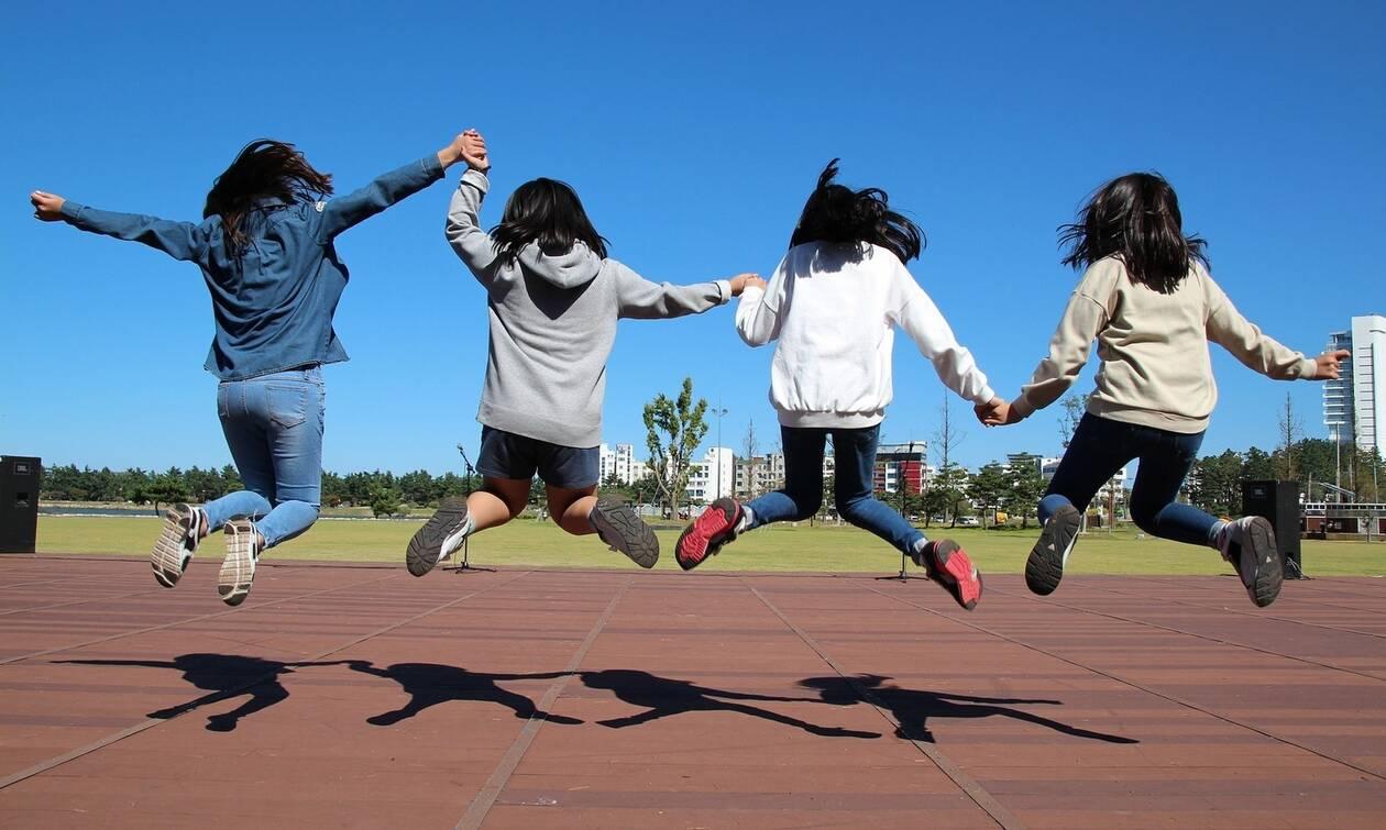 Εφηβεία: Οδηγός επιβίωσης για γονείς και παιδιά