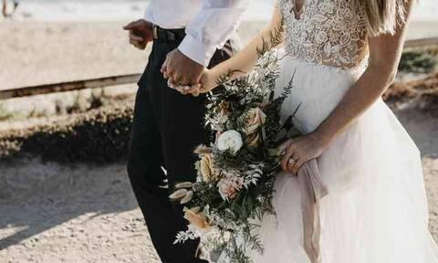 Γνωστός τραγουδιστής ντύνεται γαμπρός τον Σεπτέμβριο! Ο γάμος στο Λαγονήσι!