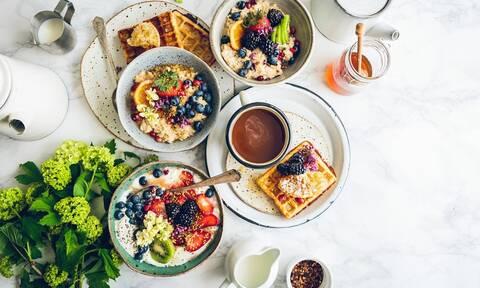 Πρωινό με βρώμη: Ιδέες για να το σερβίρετε στα παιδιά