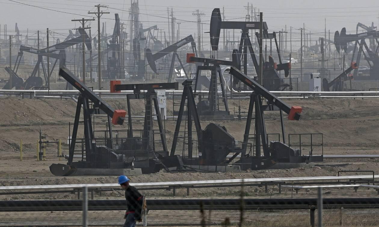 Μεικτές τάσεις στη Wall Street - Νέα πτώση για το πετρέλαιο