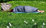 Αποκοιμήθηκε δίπλα σε ποτάμι - Τρελάθηκε μ' αυτό που είδε μόλις ξύπνησε (vid)