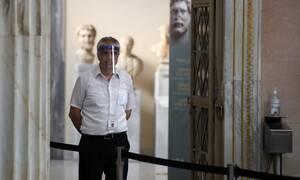 Κορονοϊός: Διασκορπισμένος σε όλη την Ελλάδα ο ιός - Συναγερμός για τα 43 κρούσματα στη Θεσσαλονίκη