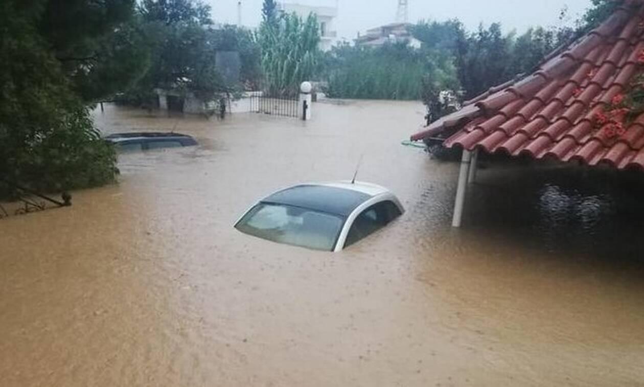 Εύβοια: Φόβοι και για τρίτο νεκρό - Πλημμύρες, καταστροφές και εγκλωβισμένοι από τη «Θάλεια»